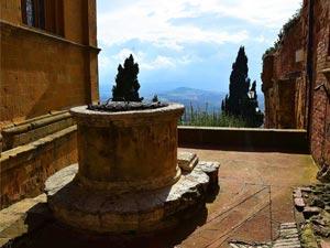 montalcino montepulciano pienza tour in tuscany chianti wine tours
