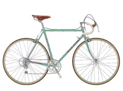 Vintage sport bike rental